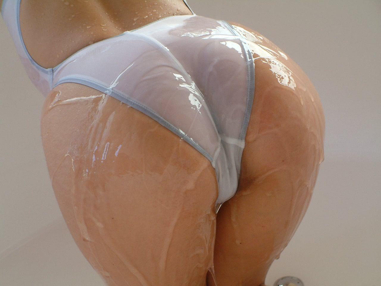 【フェチ画像】大量のローションにまみれた卑猥な女体の数々 12