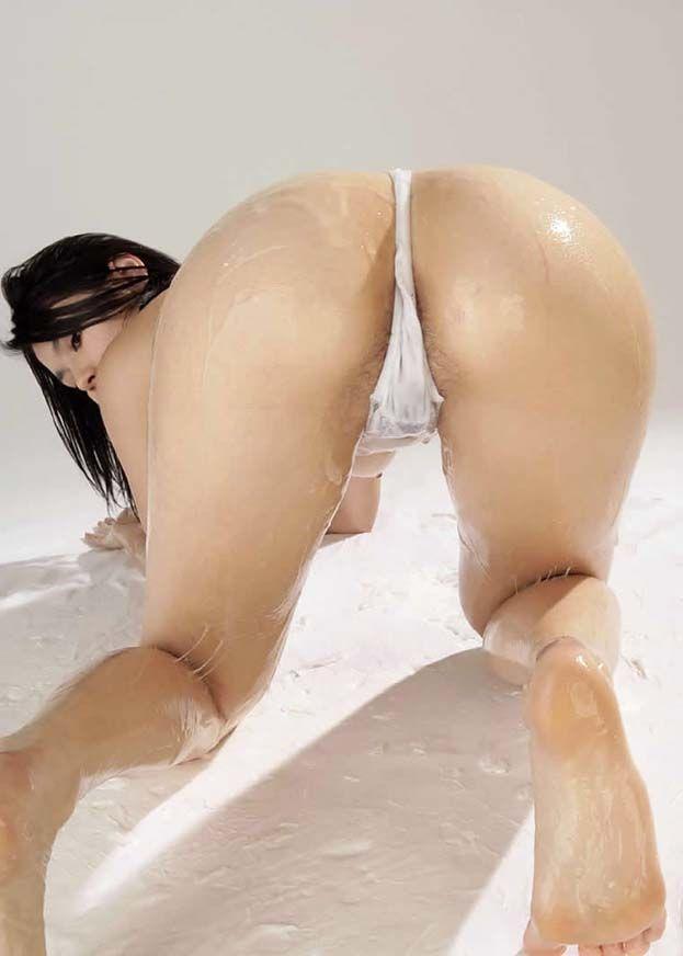 【フェチ画像】大量のローションにまみれた卑猥な女体の数々 18