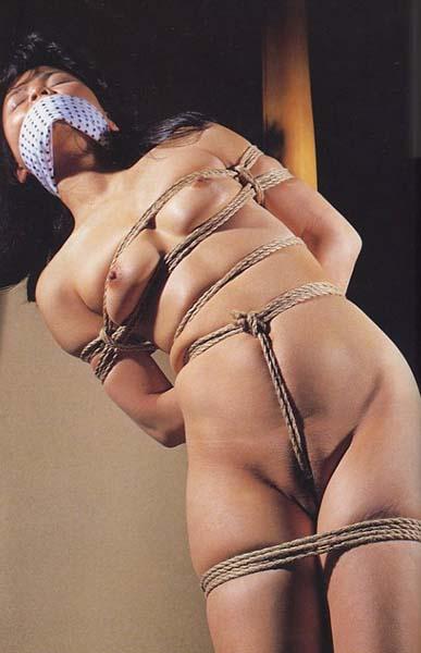【緊縛SM画像】縛られたまま放置される女子に萌えてみる 05