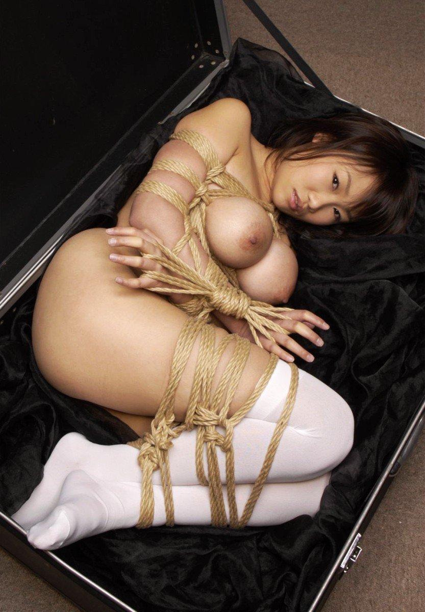【緊縛SM画像】縛られたまま放置される女子に萌えてみる 16