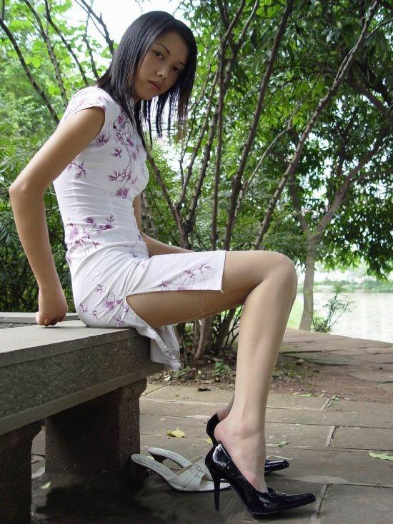 【コスプレ画像】妖艶なチャイナドレス美女の切れ込みから覗く美脚に可能性を見出してみるwww 04