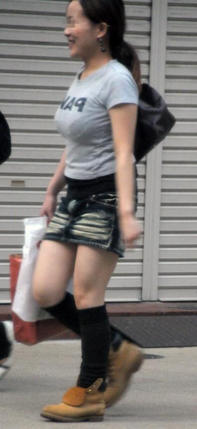 【街撮り巨乳画像】巨乳な素人が街に溢れすぎて衝動が抑えきれない件www 12