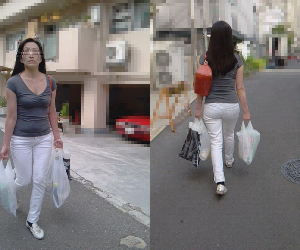 【街撮り画像】街で見つけた無防備そうなママさんの姿に萌える 07