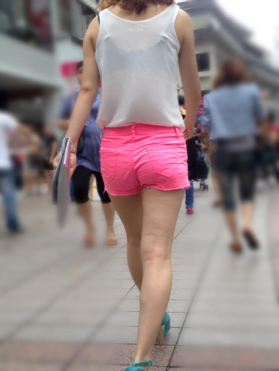 【街撮り素人画像】穏やかな地方で見つけたパンスト要らずの生美脚たち 18