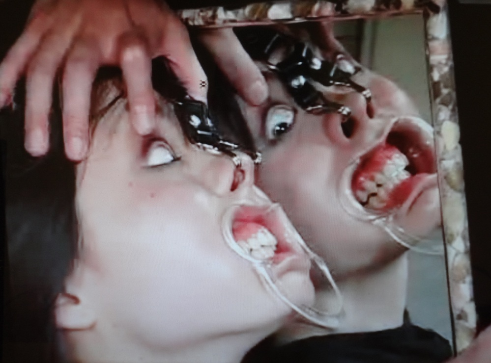 【SMマニア画像】顔面拘束画像 変顔を強いられた愛奴たち 11
