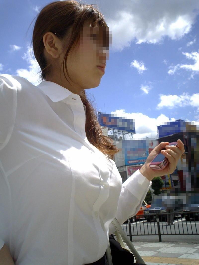 【働く女性のエロ画像】清潔な白ブラウスにそこはかとない卑猥さを感じるギャラリー 20