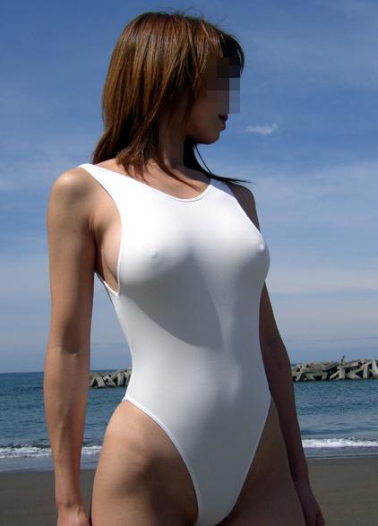【水着画像】乳首がポチったり透けたりしてるエロ水着姿www 18