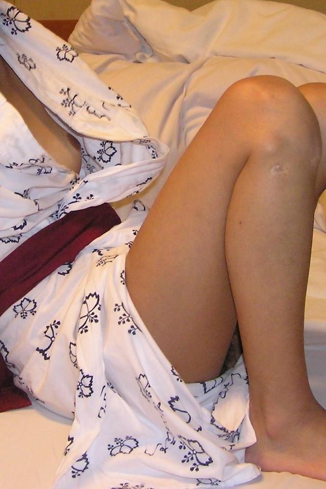 【浴衣エロ画像】浴衣を乱した女の子はどうしてこうもエロいのか 06