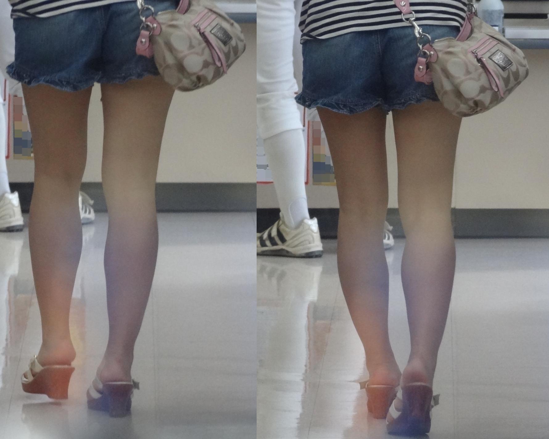 【短パン街撮り画像】美脚とヒップラインが際立つ短パン女性を背後から眺める 14