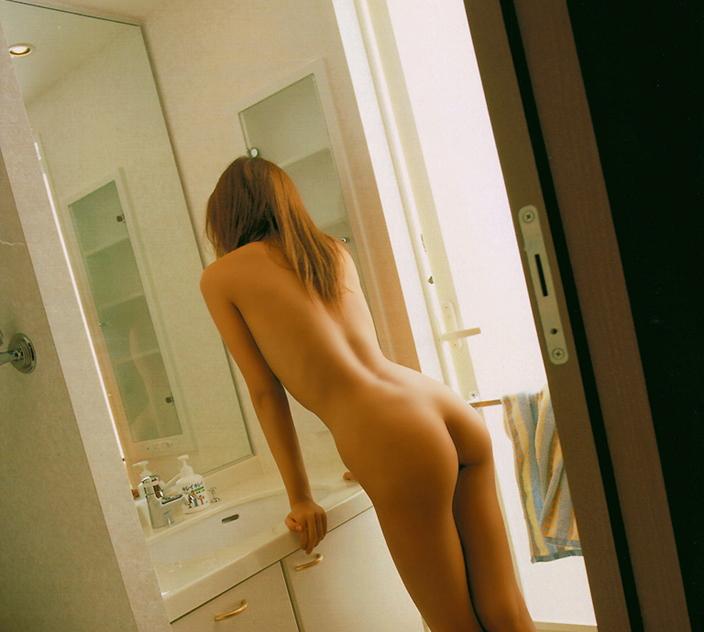 【美尻画像】ギャル系女子には美尻が多いという法則www 10