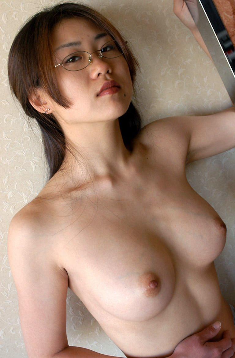 【巨乳画像】巨乳にメガネ属性が合わさると強烈にエロくて困るwww 05