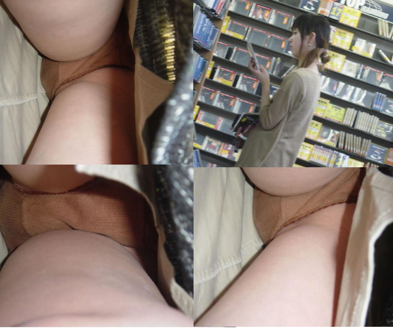【パンチラ画像】無差別スカート逆さ撮り 恥毛もシミも逃さず激写www 01