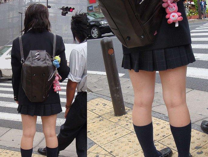 【JK街撮り】JK達の健康的にムチムチした太股に萌える画像 16