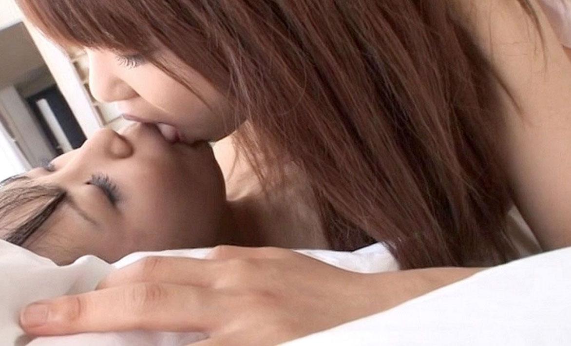 【百合・レズ画像】可愛い子同士のキスって男が見てもキュンとくるなwww 20