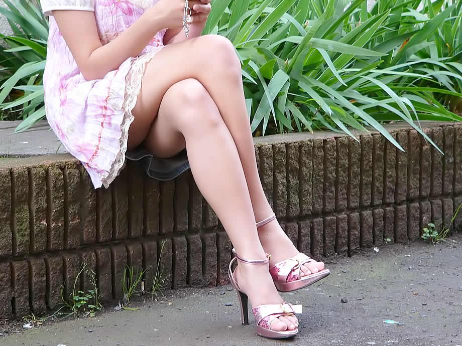 【脚フェチ画像】踵が高いほどそそるwwwピンヒールの生美脚画像 04