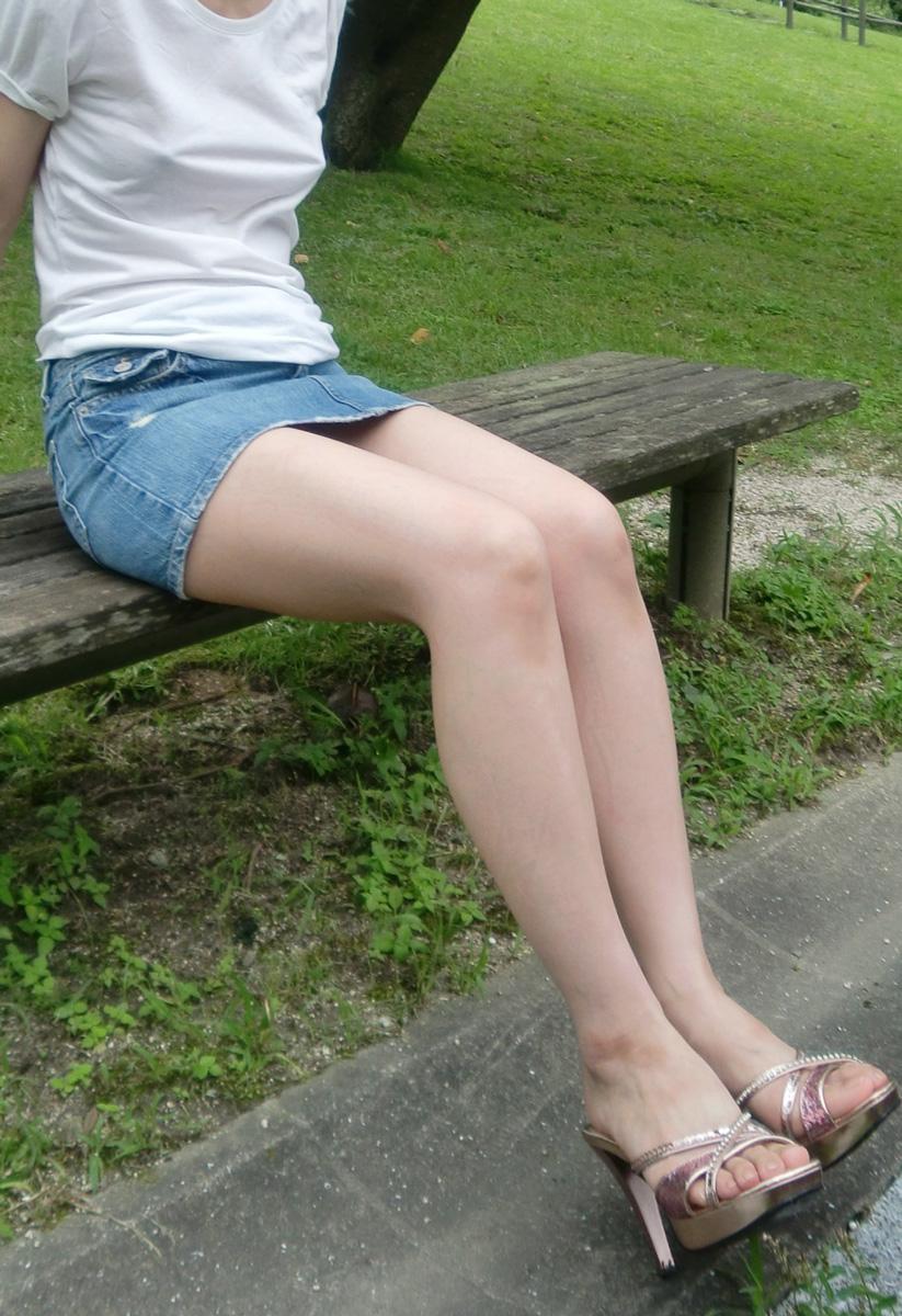 【脚フェチ画像】踵が高いほどそそるwwwピンヒールの生美脚画像 09