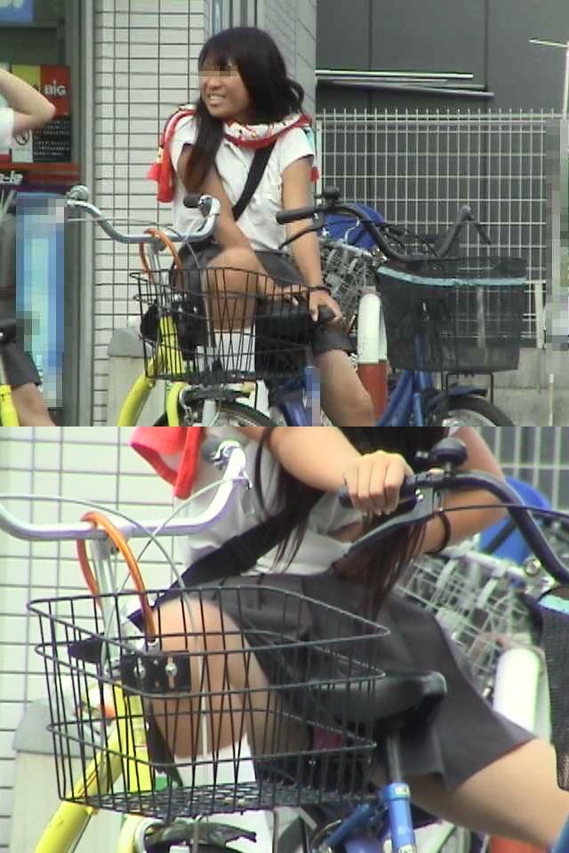 【JKパンチラ画像】風も味方www自転車通学中のJKのスカートめくれと生パンツ 11