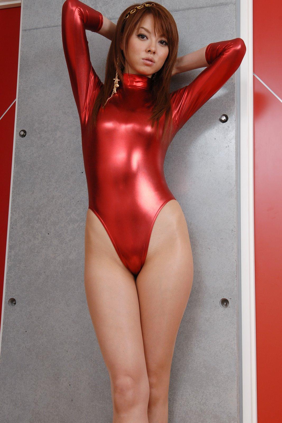 【コスプレ画像】食い込みノーブラが基本wwwレオタード纏ったムチムチ女体 08