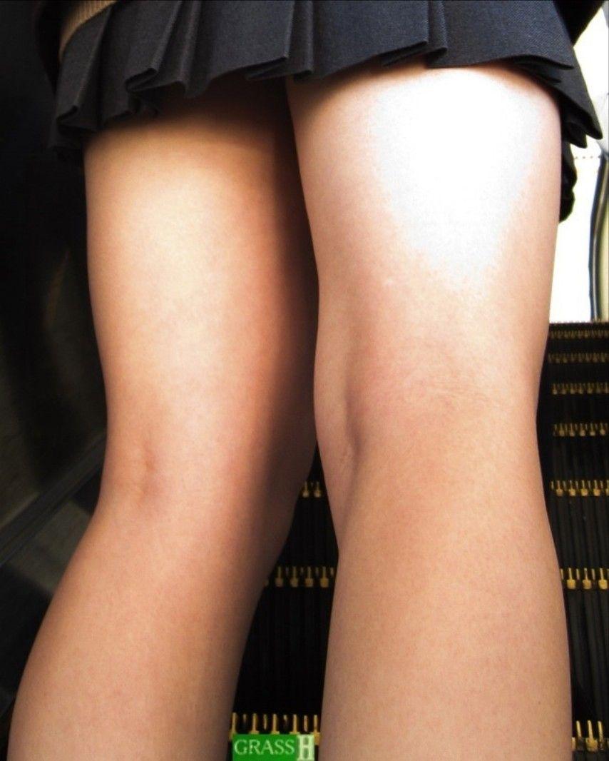 【JK太股画像】挟まれたら絶対気持ちよさげなwwwJKの色白で健康的なムチムチ太股 06