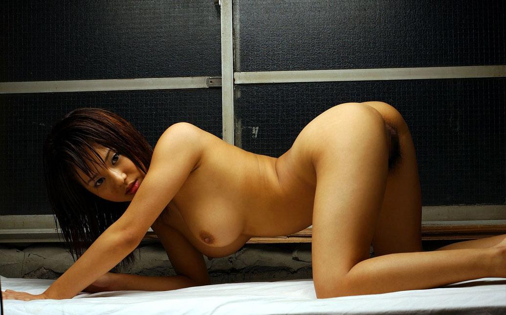 【エロ画像】イヤらしい体のライン…横から眺めたバックスタイル画像 15
