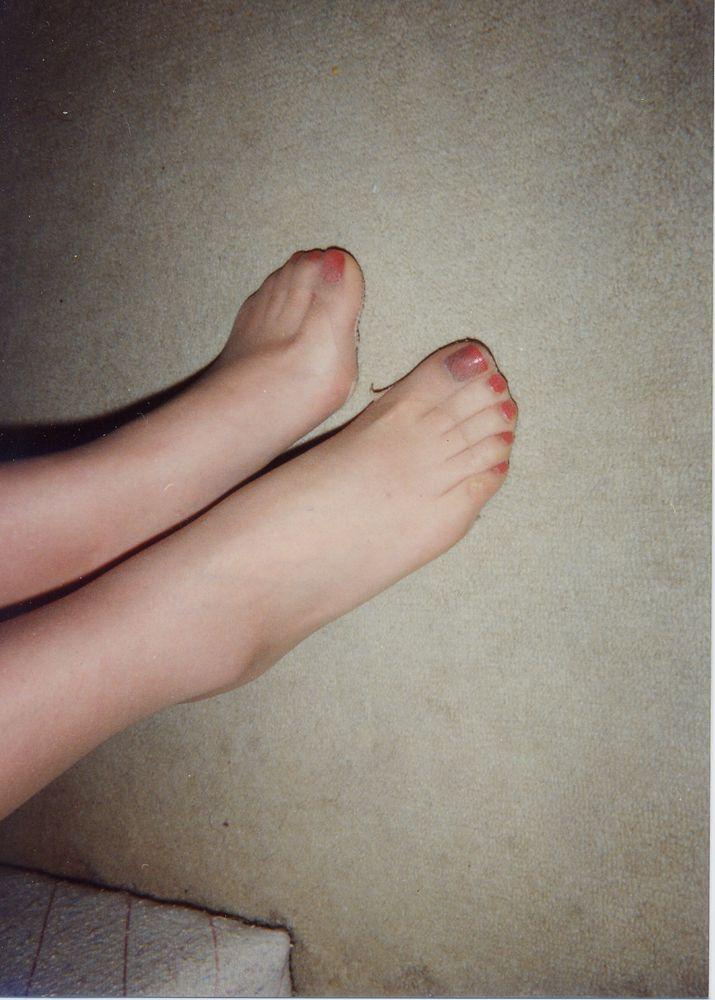 【足フェチ画像】顔を踏まれても許してしまいそうなパンストつま先画像 07