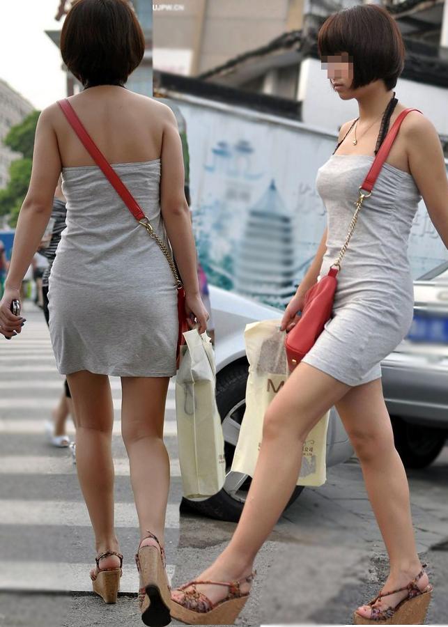 【素人美脚画像】街で見つけたお姉さん方の、見惚れてしまいそうな程長くて綺麗な脚 15
