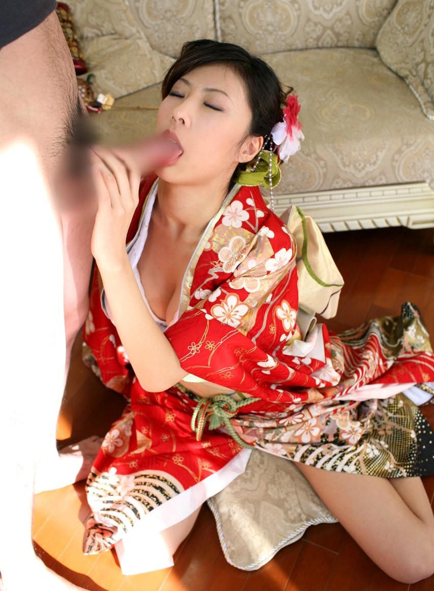 【着物エロ画像】和服を乱してエロいことしちゃってる淑女の画像 12