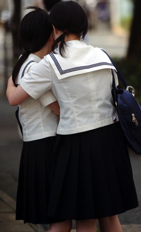 【レズビアン画像】甘酸っぱさに萌えるwww制服同士の百合プレイ 02