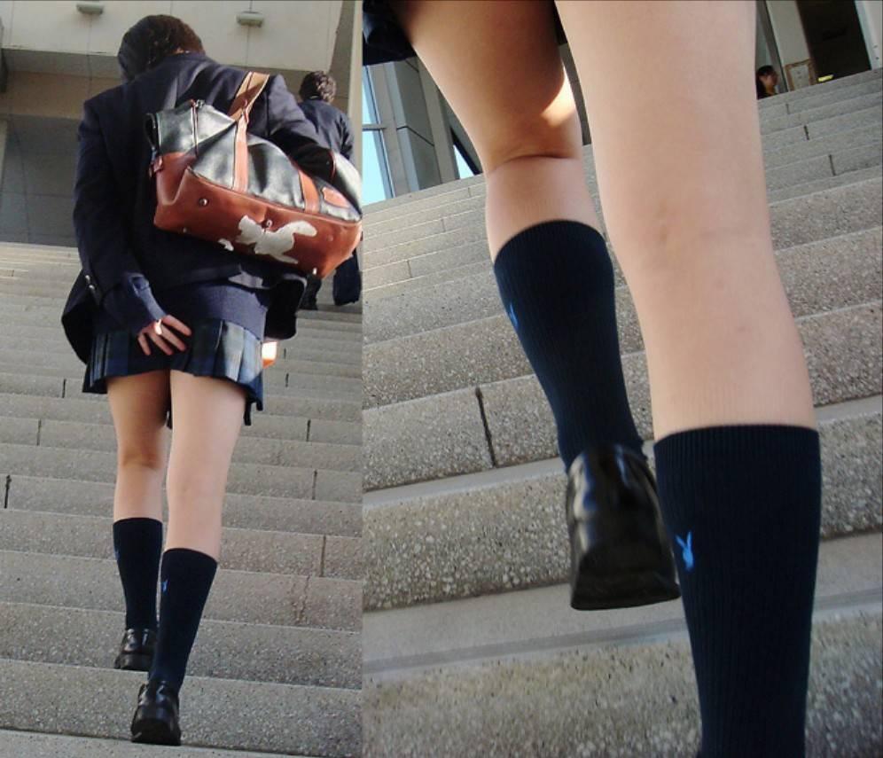 【JK街撮り画像】パンチラの前に重視すべきwww制服女子の健康的にムチムチした太股 05