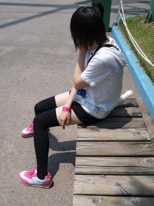 【街撮りフェチ画像】女の子のソコは不可侵www街で見かけた絶対領域 02