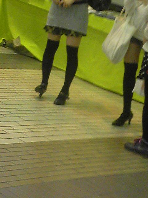 【街撮りフェチ画像】女の子のソコは不可侵www街で見かけた絶対領域 07