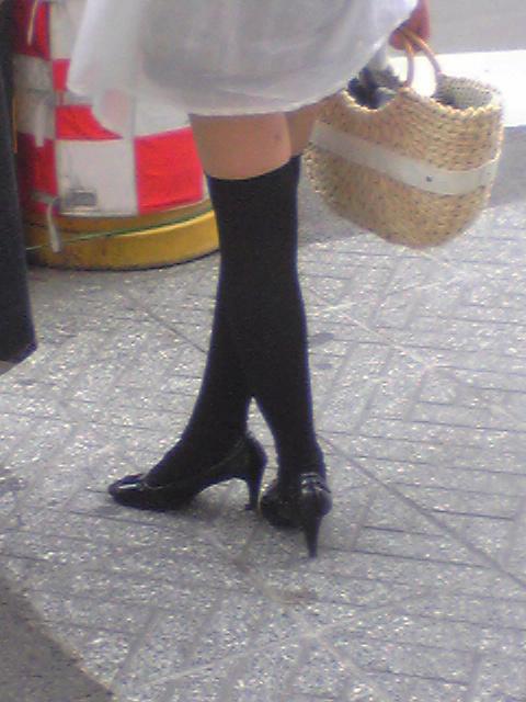【街撮りフェチ画像】女の子のソコは不可侵www街で見かけた絶対領域 11