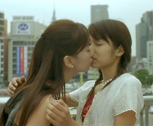 【レズ画像】女の子同士のキスって綺麗に見える不思議www 05