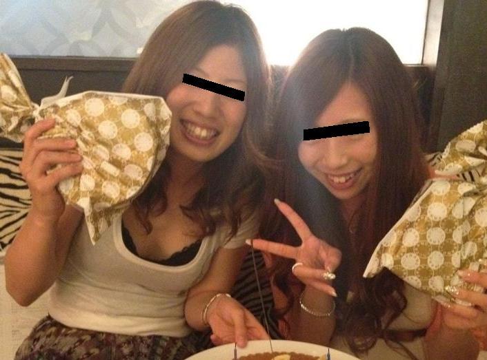【素人着衣巨乳】脱がせて揉みたいwwwおっぱいがエロい素人のプライベート写真 09