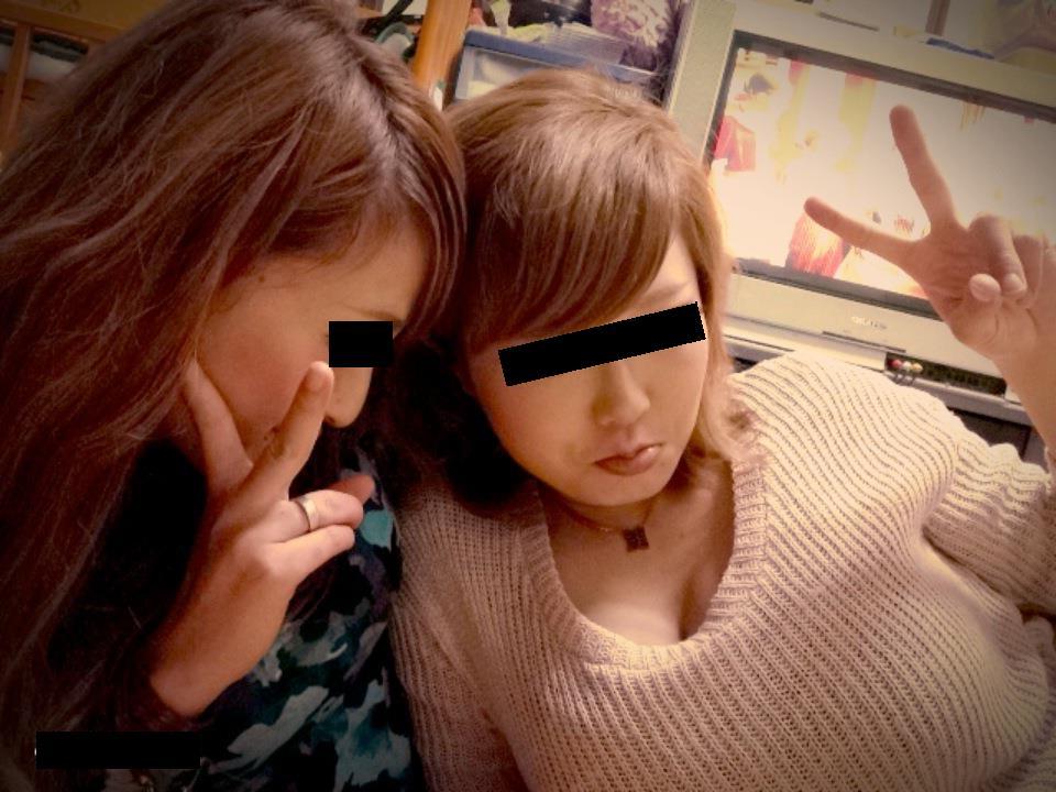 【素人着衣巨乳】脱がせて揉みたいwwwおっぱいがエロい素人のプライベート写真 10