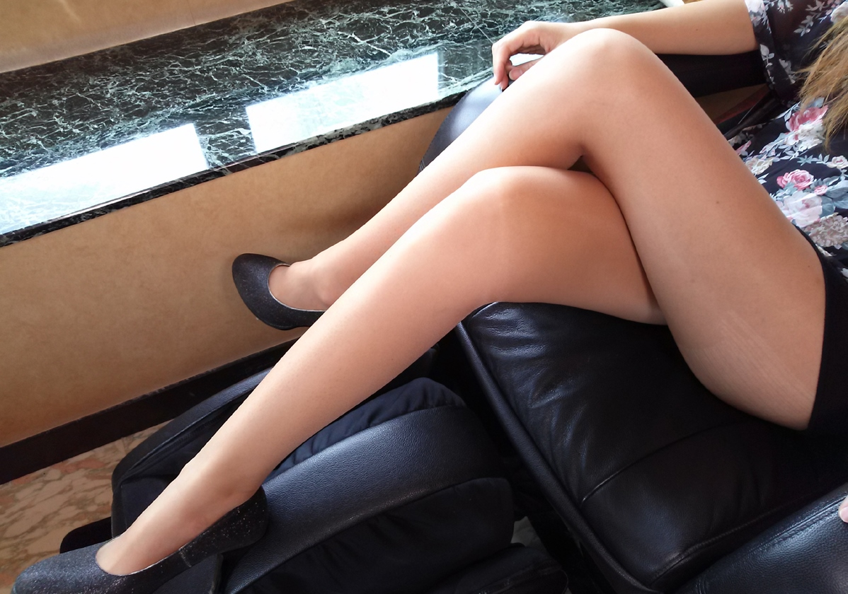 【美脚画像】交差した美脚は太股から爪先までイヤらしすぎる件www 02