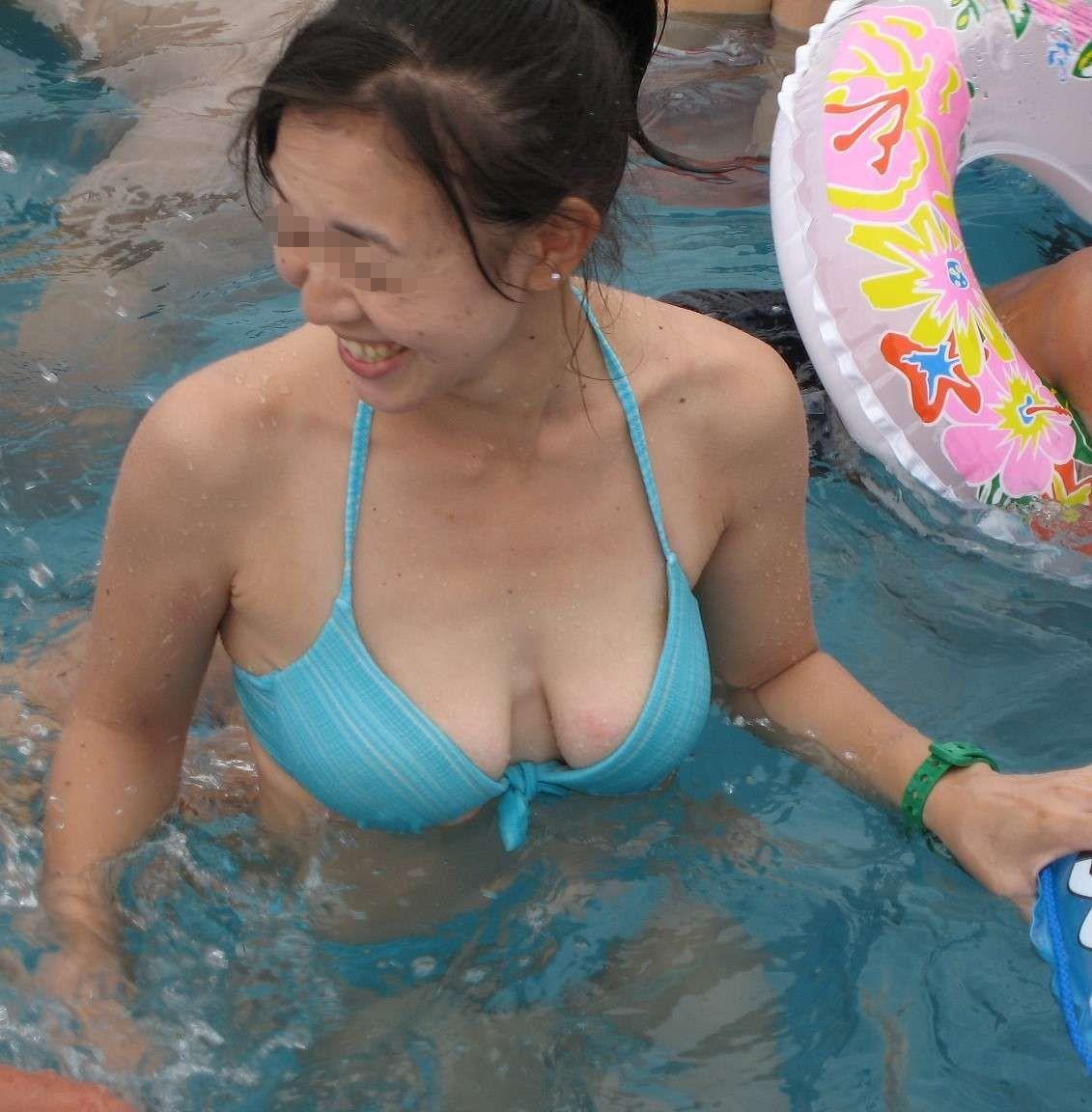 【水着素人画像】人妻補正が効きすぎてエロスwwwママさんたちの水着姿 19