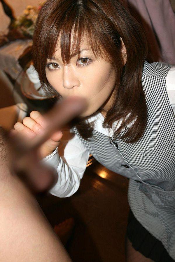 【フェラチオ画像】働くお姉さんが働かないでお口で労働してる画像www 19