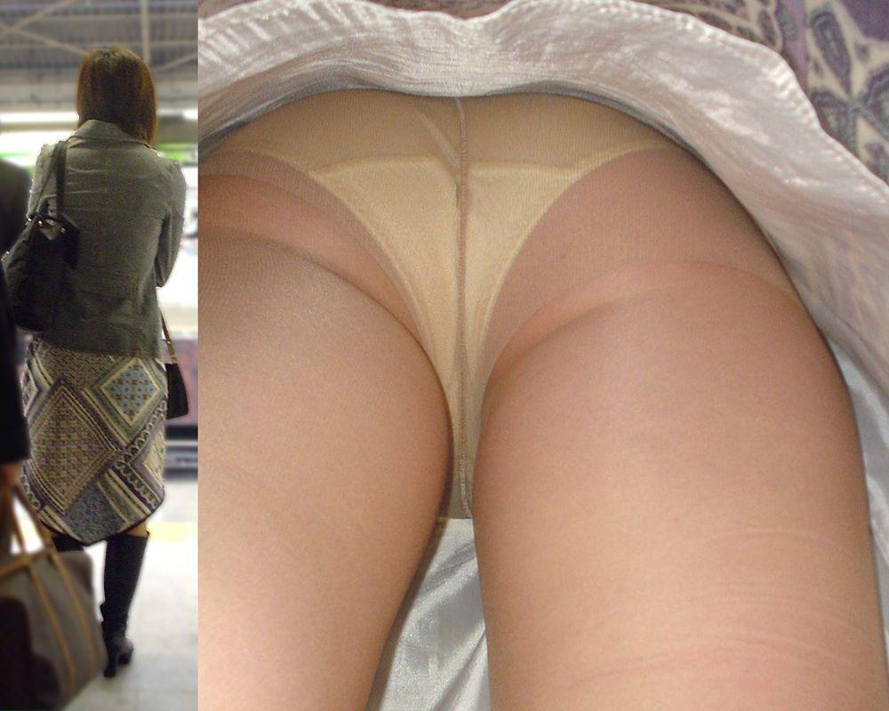 【パンチラ盗撮】淑女達のスカートの中のムレムレ下半身を暴くパンチラ画像 06