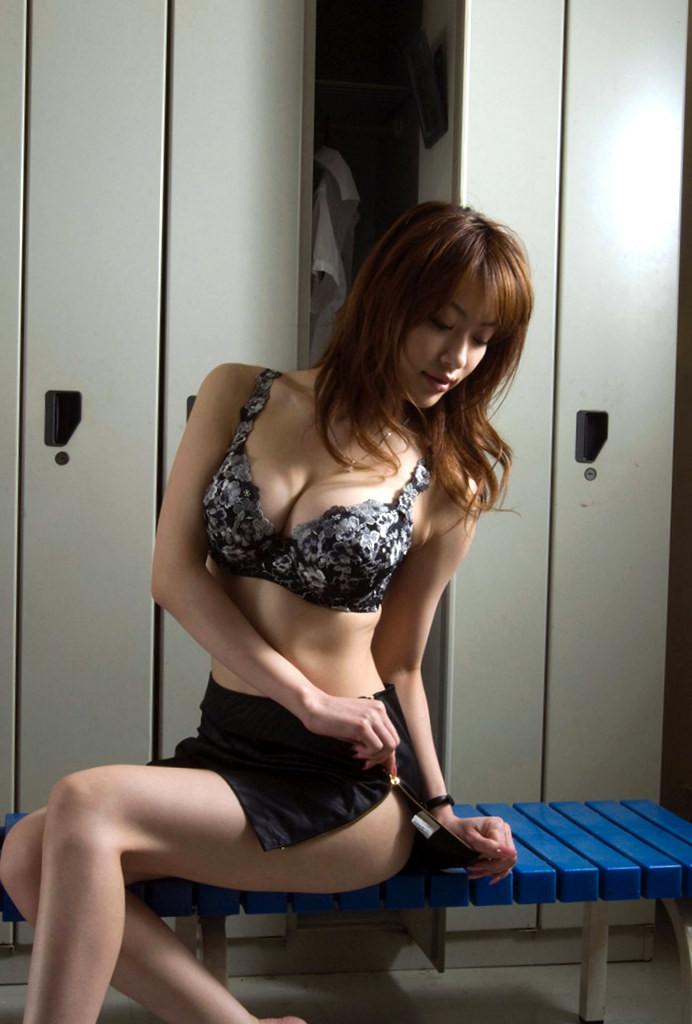 4時間総集編 VOL.7』専業主婦の全裸な日常と 『はだかの主婦