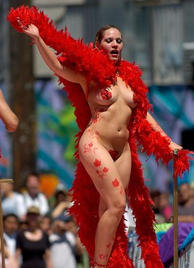 【外人エロ画像】公認猥褻ですw乳首露出しまくりの情熱サンバカーニバル 05