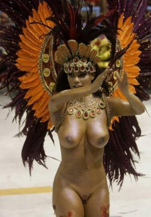 【外人エロ画像】公認猥褻ですw乳首露出しまくりの情熱サンバカーニバル 13