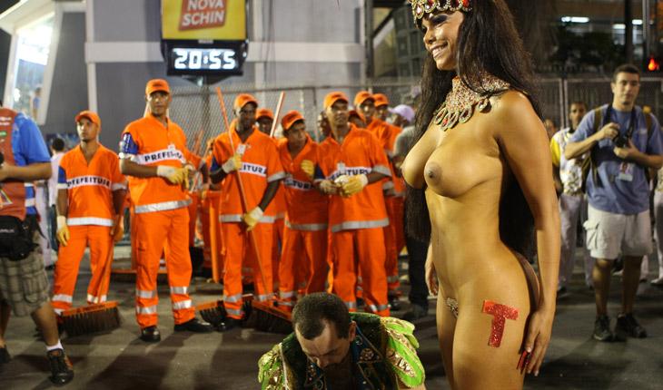 【外人エロ画像】公認猥褻ですw乳首露出しまくりの情熱サンバカーニバル 20