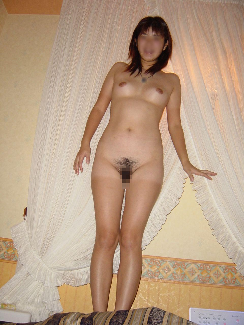 【素人エロ画像】フォルダの中にあったハメた相手の全裸写真を提供してもらったったwww 17