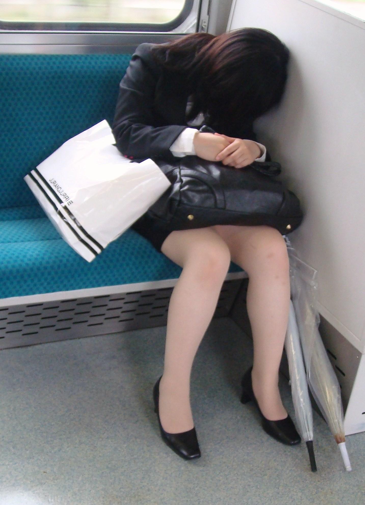 リクルートスーツフェチ〜Vol.34 [無断転載禁止]©bbspink.comYouTube動画>9本 ->画像>526枚
