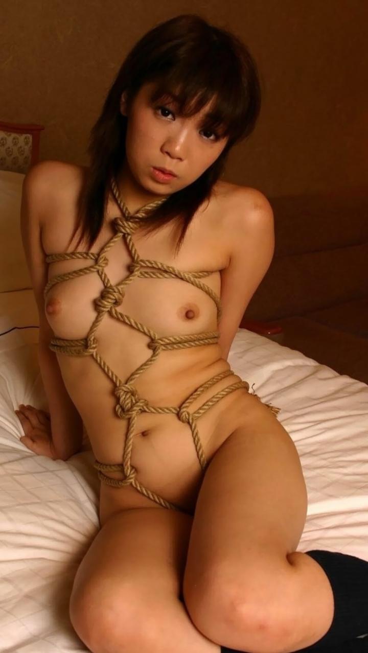 【SMエロ画像】拷問なうwww緊縛・拘束に痛みを感じつつも被虐の快感に溺れたM女たち  04