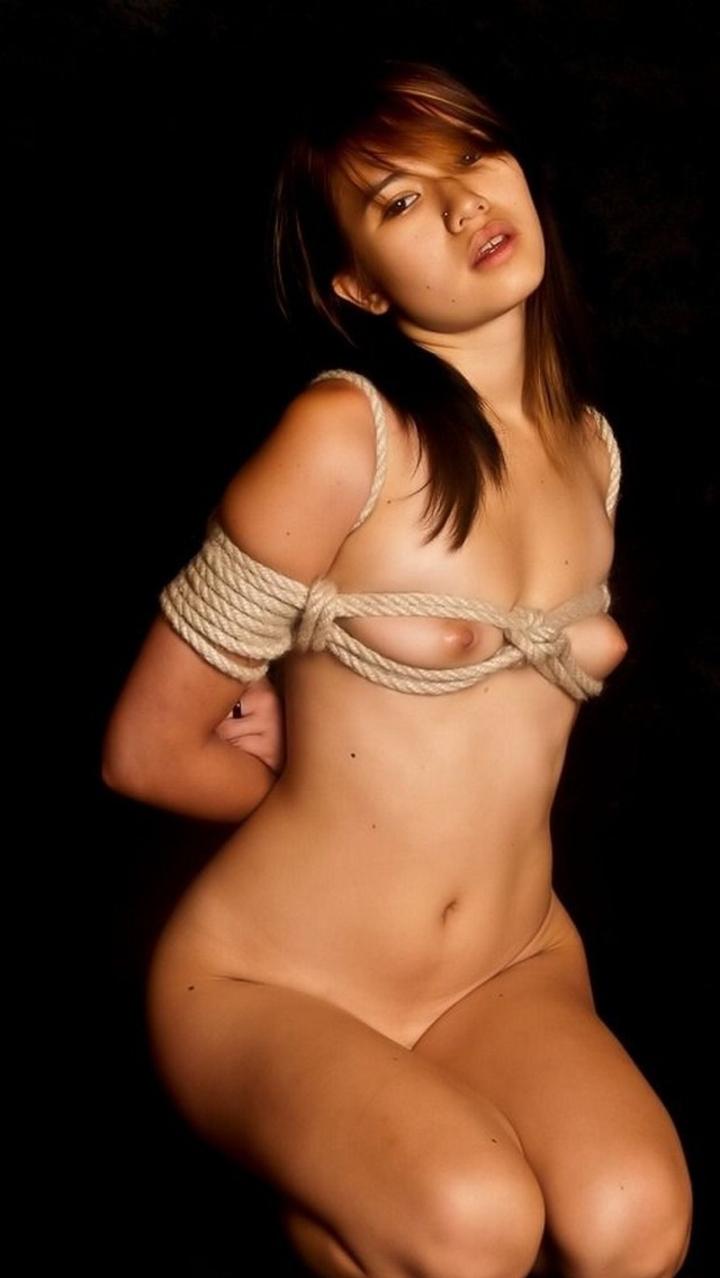 【SMエロ画像】拷問なうwww緊縛・拘束に痛みを感じつつも被虐の快感に溺れたM女たち  14
