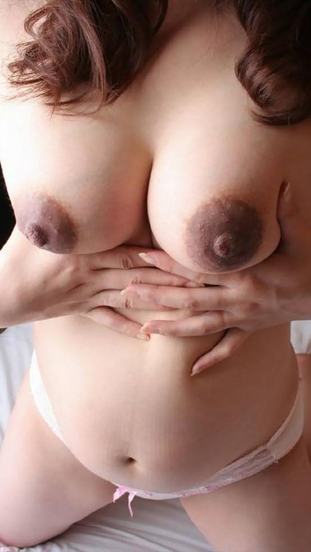 【妊婦エロ画像】子供のために頑張る方法を間違えてない?孕んでもなお盛んな妊婦ヌード  04