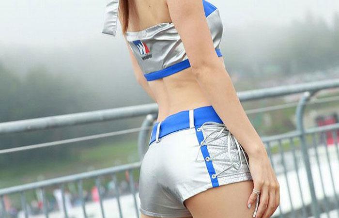 【RQ・キャンギャルエロ画像】スタイル出してこんな衣装じゃ欲情されて当然なRQ・キャンギャル達  001