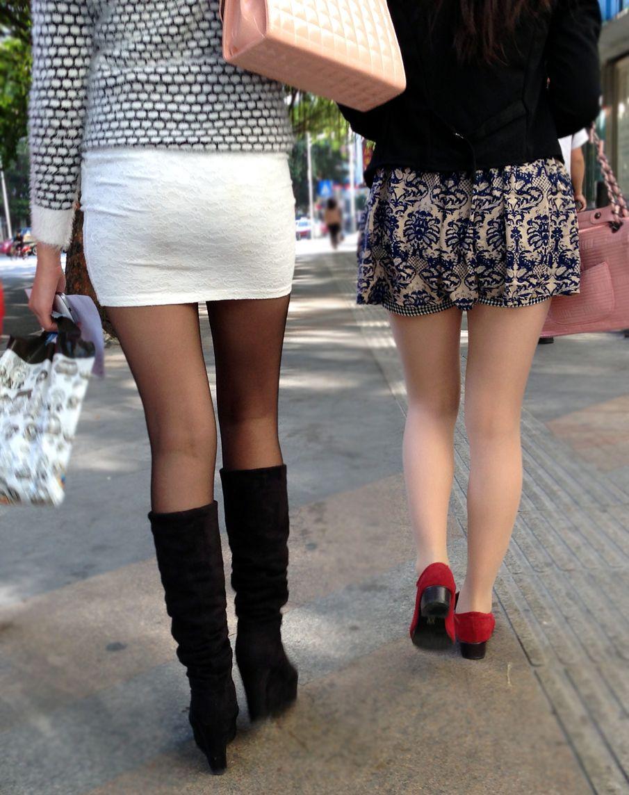 【美脚エロ画像】生脚でなくても十分ですwww大人の女の艶めかしいストッキング美脚  08